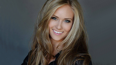 Toronto Star: MIE grad and Miss Universe Canada Lauren Howe is pretty extraordinary