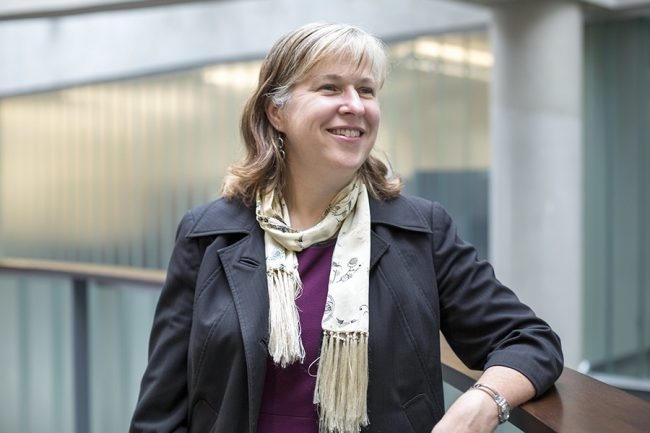 Professor Susan McCahan receives the 2019 SWAAC Angela Hildyard Recognition Award (U of T Engineering News)